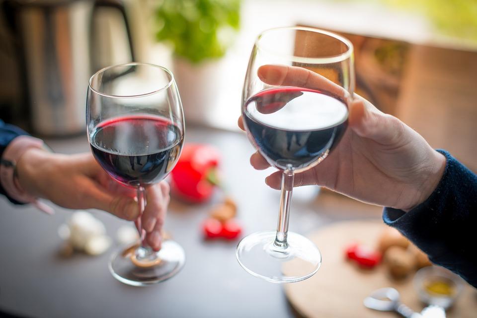 Wine Appreciation Team Building : Wine Appreciation Singapore - Taberna Wine Academy